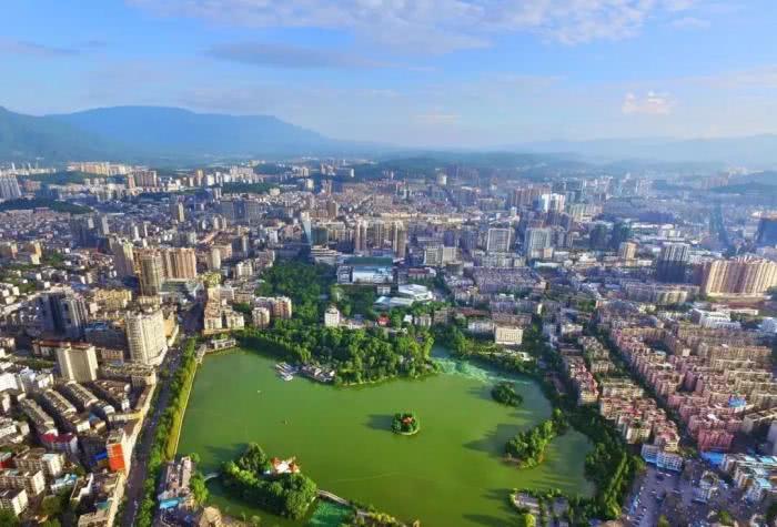 湖南最有望升为三线的城市,对接江西和广东,北上长沙,南下广州