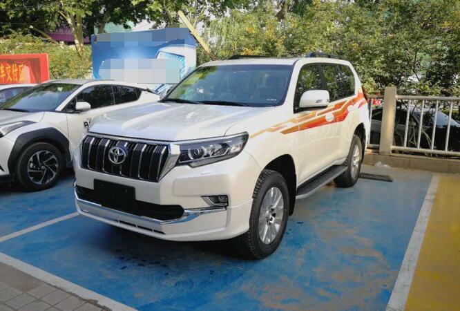 全新国产丰田普拉多提车,3.5升动力油耗首曝光,车主:相当给力