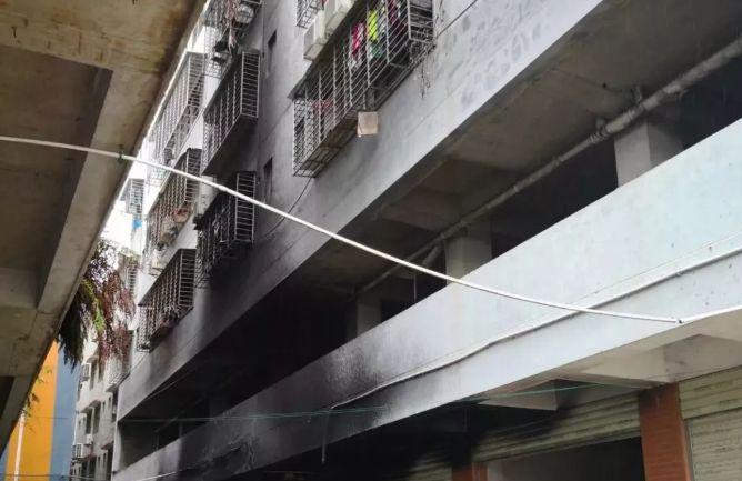 西大街百盛5楼平面图