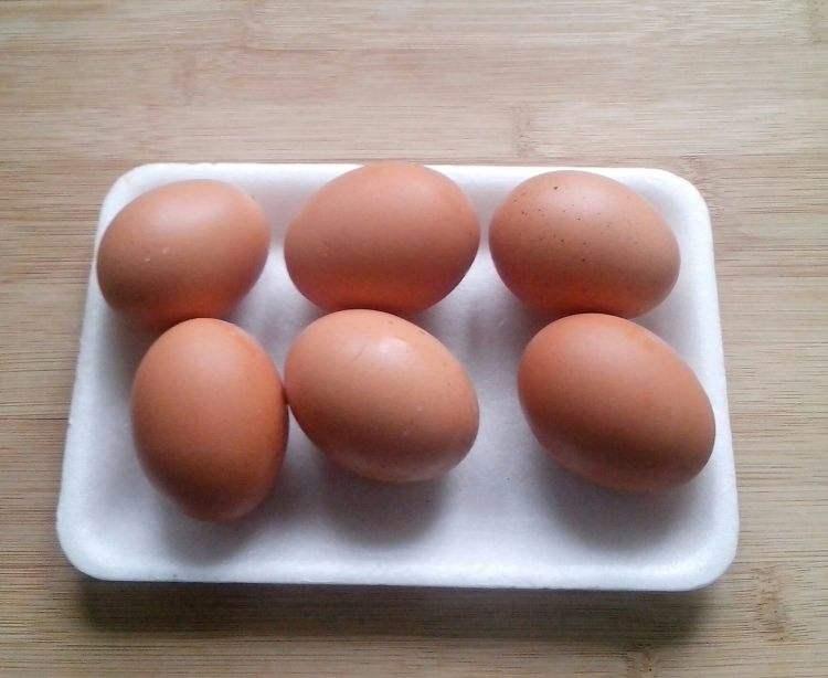 吃鸡蛋、甜食胆固醇会高?有关胆固醇5个食疗误区,你应该知道