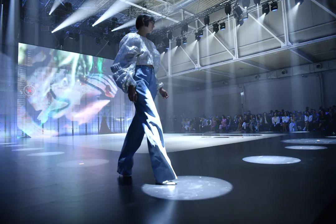 跨界玩法层出不穷,华为推出Fashion Flair