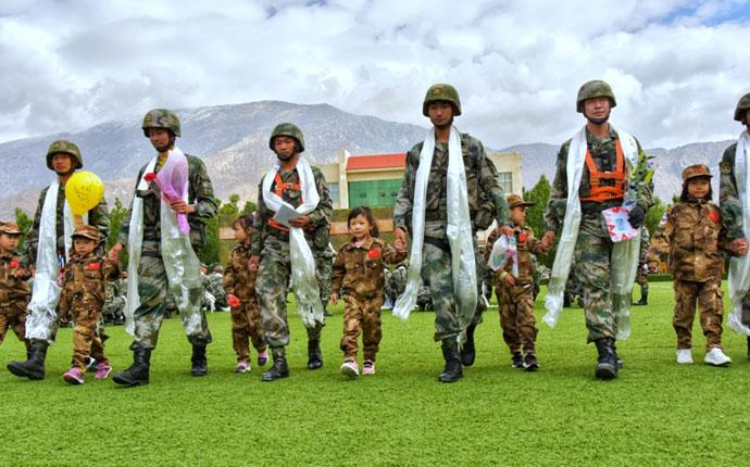 军区机关幼儿园开展别样的爱国教育