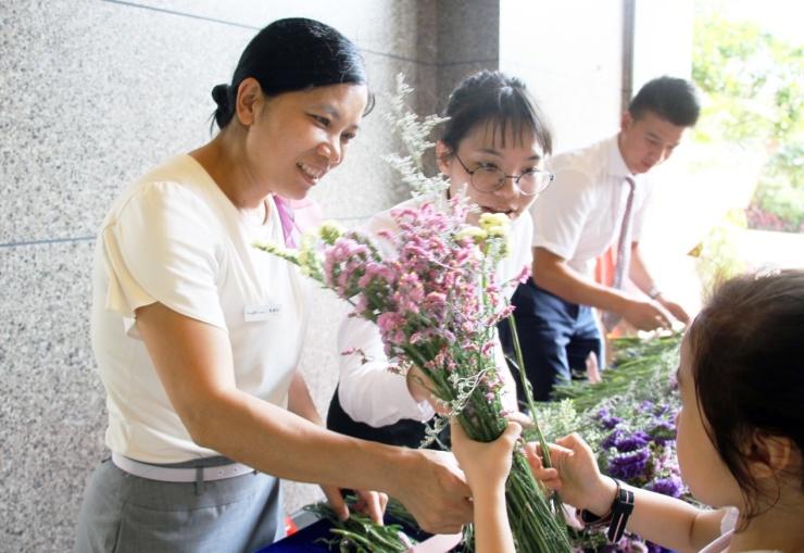 <b>龙湖广州天宸原著举办专场便民服务获赞</b>