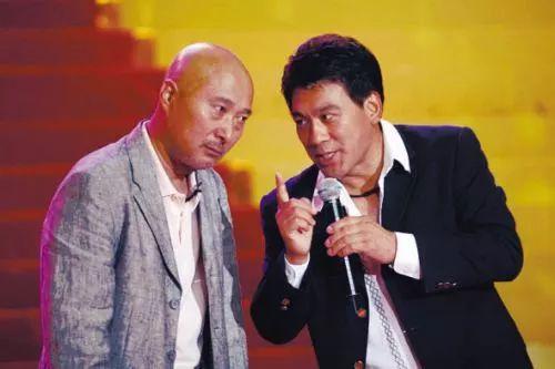 张云雷坠落,胖丫入狱三年,喜剧演员不狗血不成活?