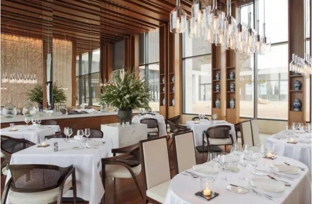 在山东最贵酒店请女朋友吃顿3000+的法餐,这种表白方式如何?