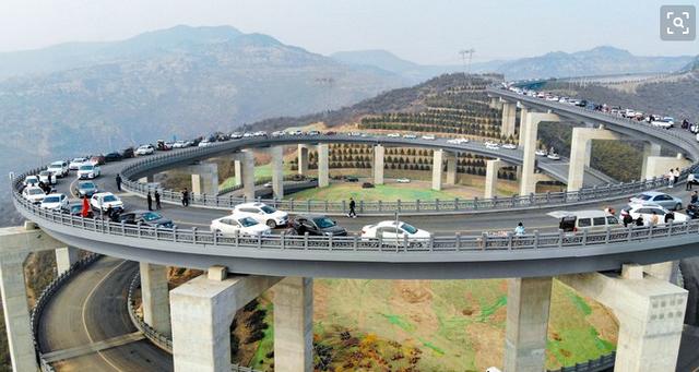 骄傲 太原天龙山也有网红桥啦 预计5月底开通