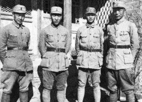 八路军6个旅,最有名的是这2个,2位旅长是老乡一个上将一个大将