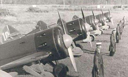 一架日军飞机坠毁,八路军俘虏冈村宁次侄子,引发中日最大规模换俘