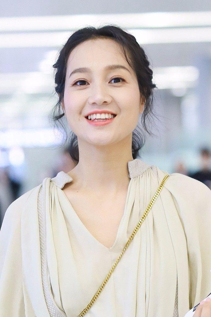 朱丹素颜像黄脸婆,打扮一下,就美成?#36125;?#22823;学生了!