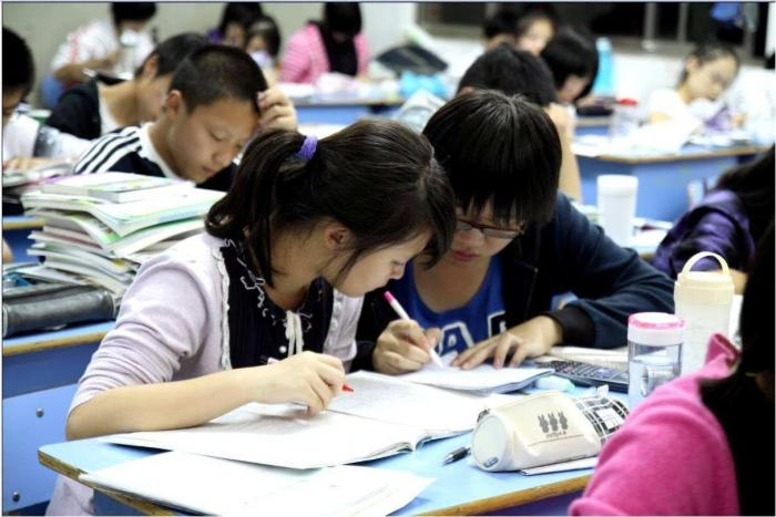 填错志愿影响一生,高三学生要慎之又慎,以下三点,缺一不可!