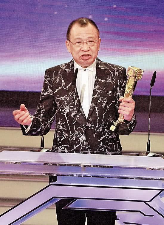 70岁TVB黄金配角许绍雄被曝出轨撩妹