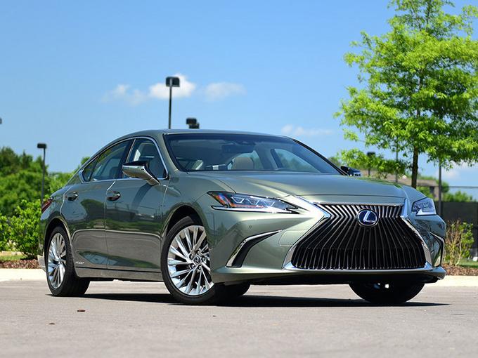 雷克萨斯ES、NX新车价格曝光 2万换6项配置值吗