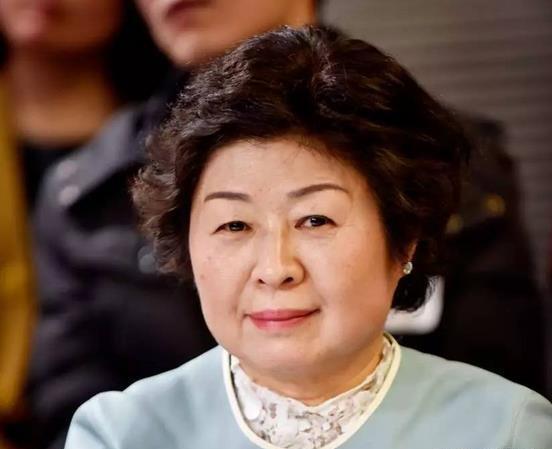 靠收废品成为中国女首富,她说心态很重要