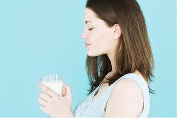 孕妇奶粉好喝吗 孕妇奶粉和牛奶哪个好