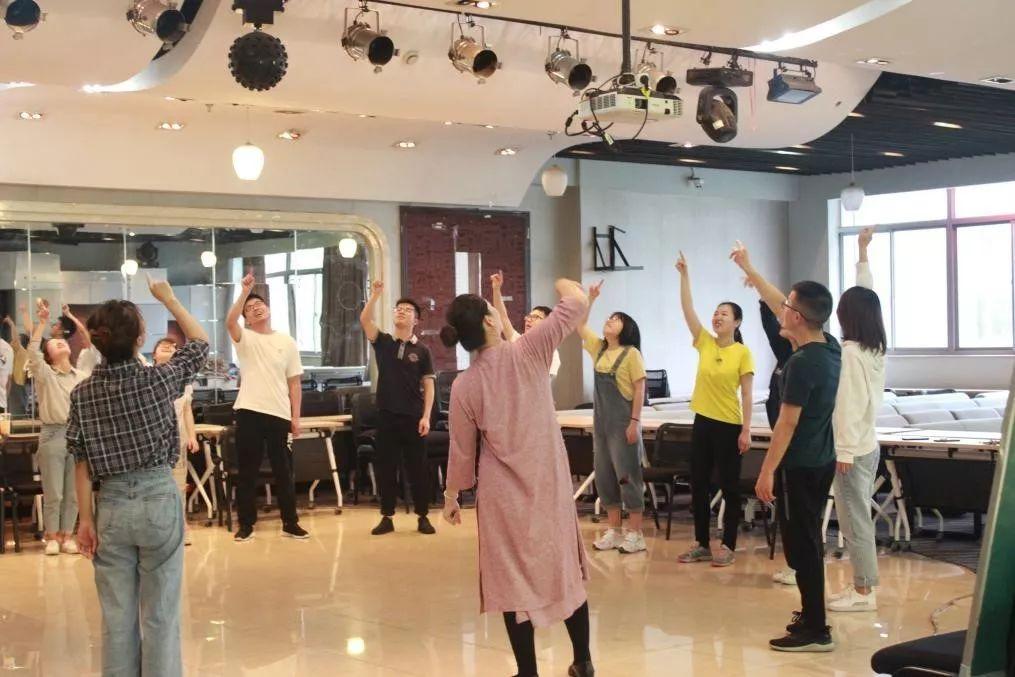 浙江工业大学研究生职业素养训练营——舞动课程