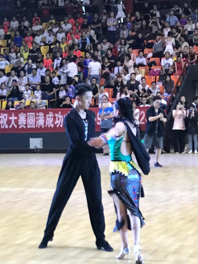 """近2000名选手角逐idsa""""中国梦""""第七届国际标准舞全国公开赛"""