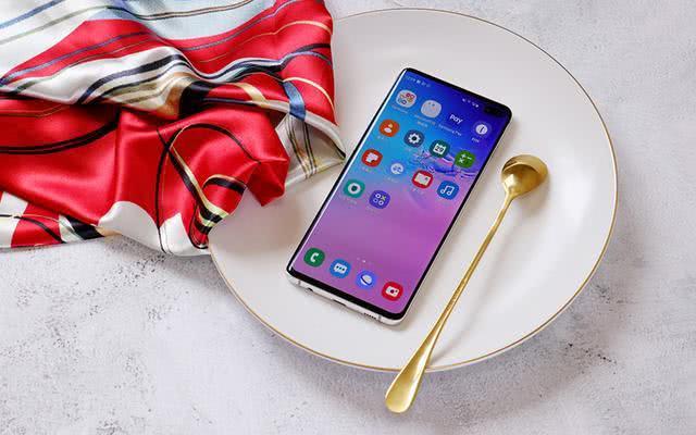 可能是上半年最美最漂亮的全面屏手机,这4款是你喜欢的吗?