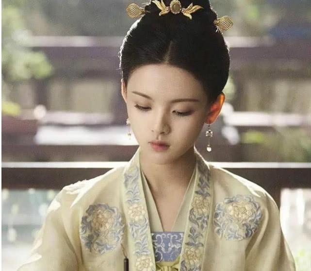 杨超越小龙女造型,有望接班赵丽颖成古装女王?被赞神仙颜值!