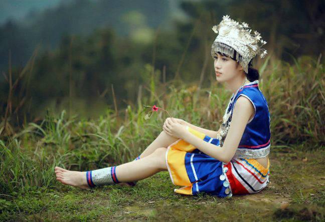 """中国""""最性感""""少数民族:裙子仅5寸,锦鸡舞美丽动人!"""