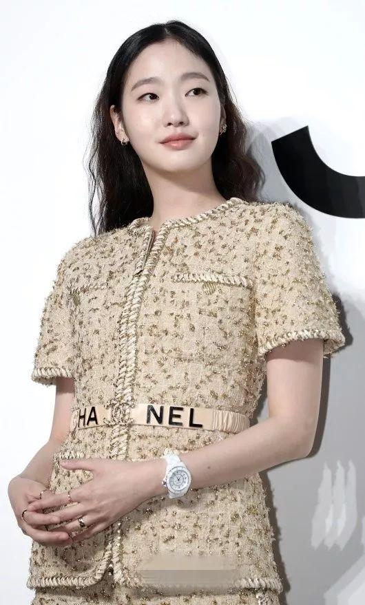 金高银确定搭档李敏镐出演金恩淑新作,网友为何酸出天际?
