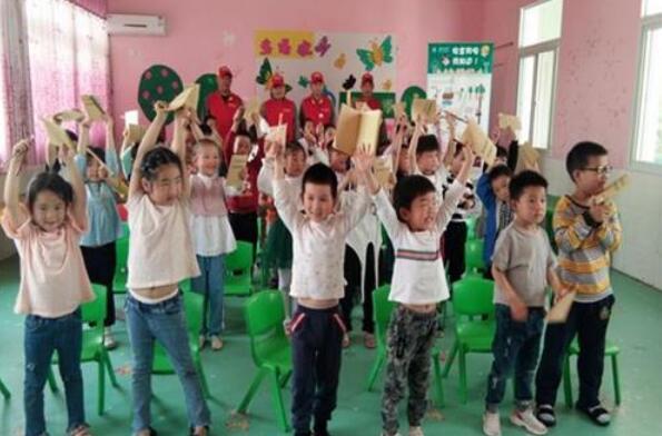 湖北黄集镇中心幼儿园开展安全用电知识进校园活动