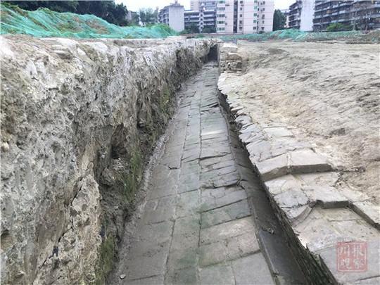 成都发现唐五代、清代两时期城墙