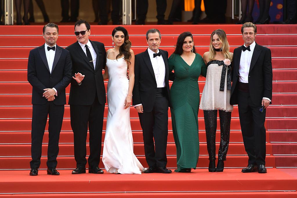 《好莱坞往事》戛纳首映拿下高口碑,昆汀求观众不要剧透