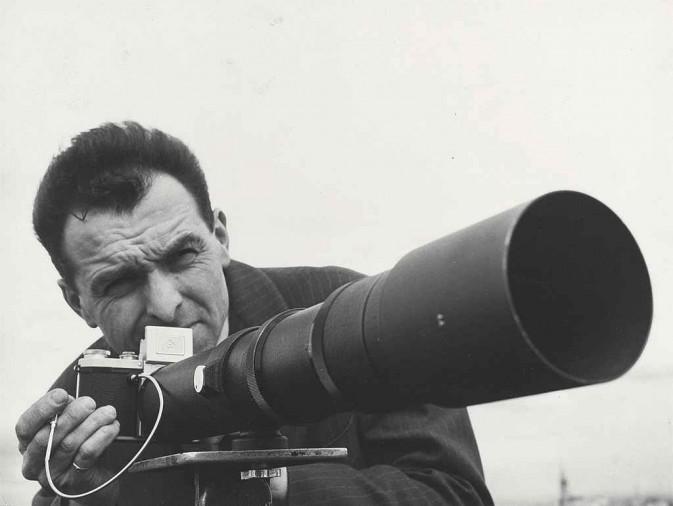 Robert Doisneau :游走巴黎的摄影大师