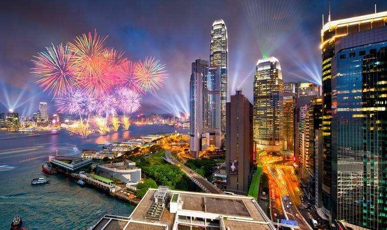 香港2019经济总量_香港经济现状对比图