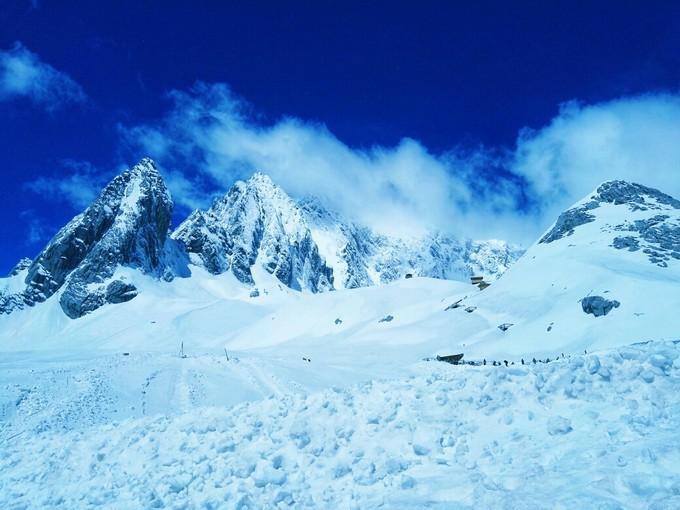 玉龙雪山一日游攻略费用丨与你在雪山之巅,一起满头白发!