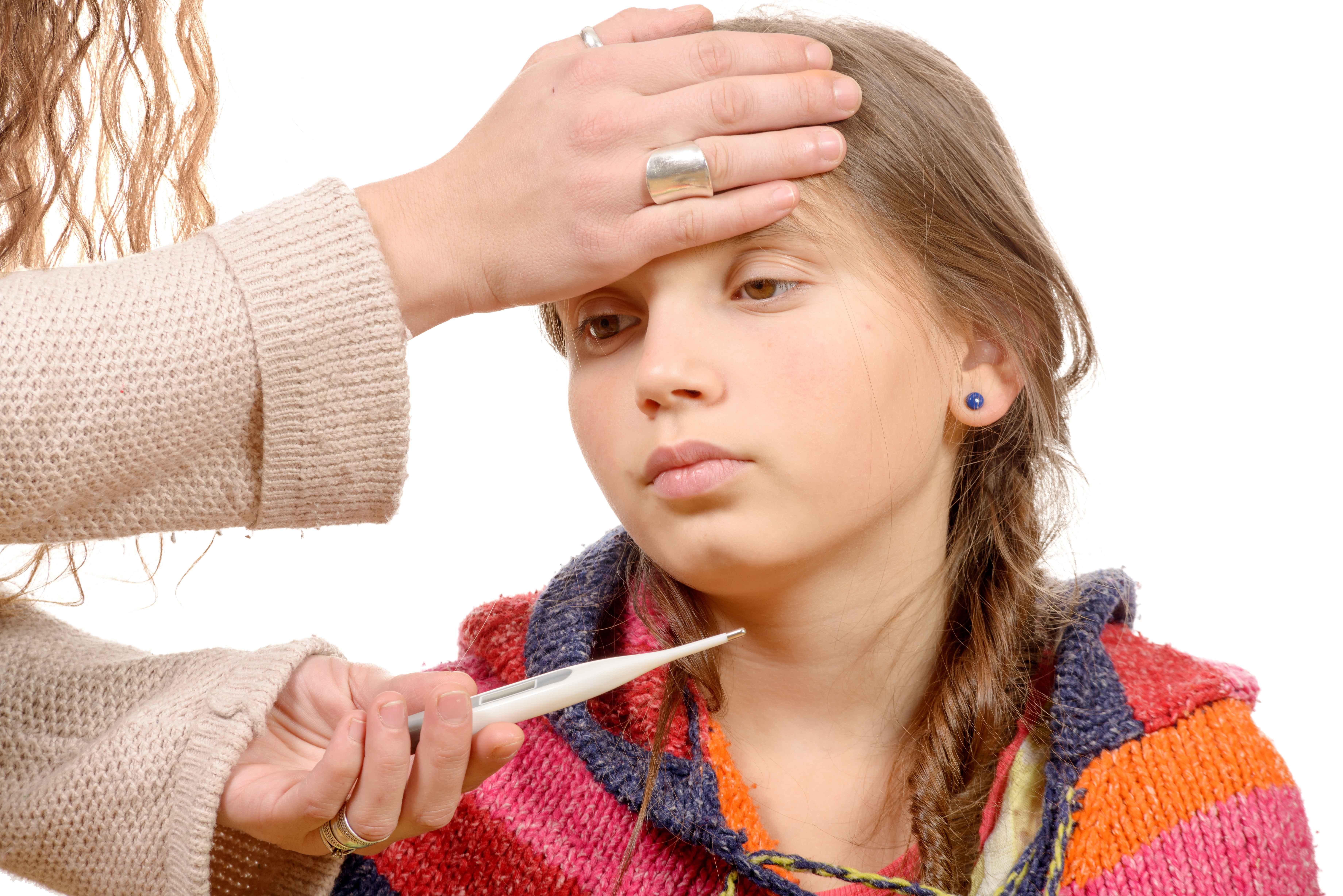孩子持续高烧十多天,浑身无力疼痛