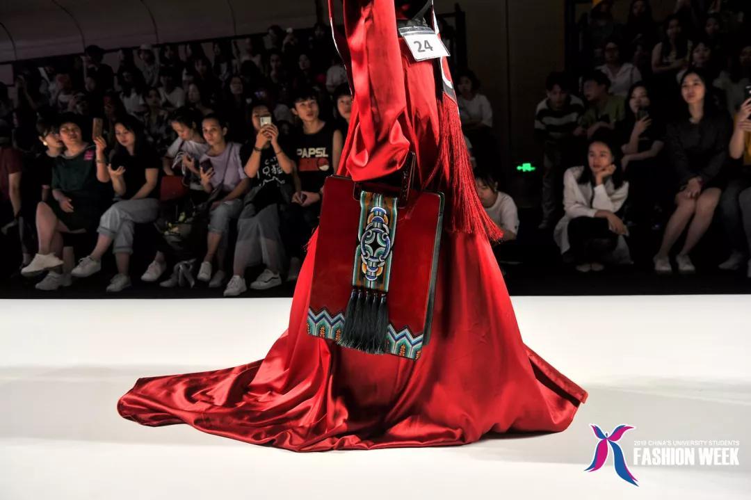 2019中国(广东)大学生时装周:广东文艺职业学院