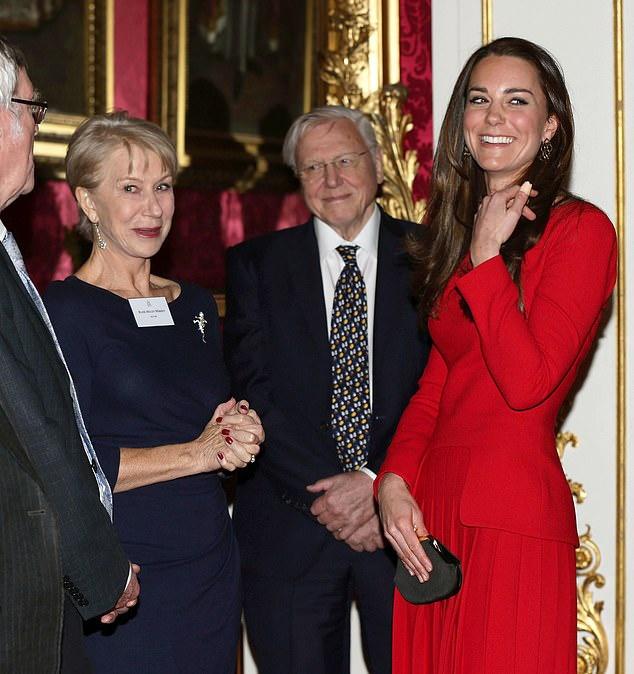 """原创 创口贴是凯特王妃手上""""永恒的存在"""",她怎么总是弄伤手指?"""