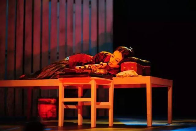 焦媛携《金锁记》再度来渝 本周六相约文化宫大剧院