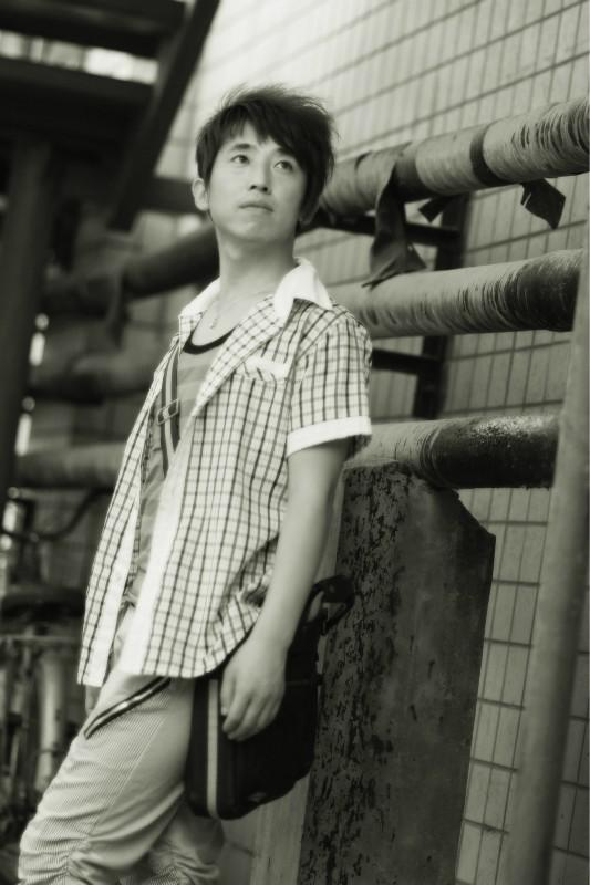 李思鸣是受邀担任安徽卫视《一起来跳舞》河北赛区总评委
