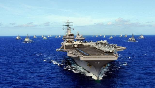 <b>局势紧张之际,美军又一航母战斗群突然出动,去向成迷</b>