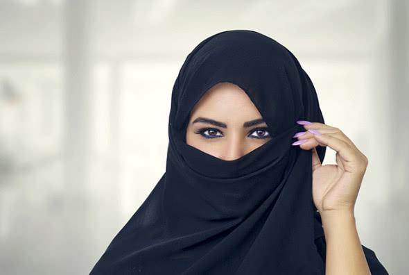 <b>中东最开放的国家:不穿黑袍不带面纱,警察都能穿短裤!</b>