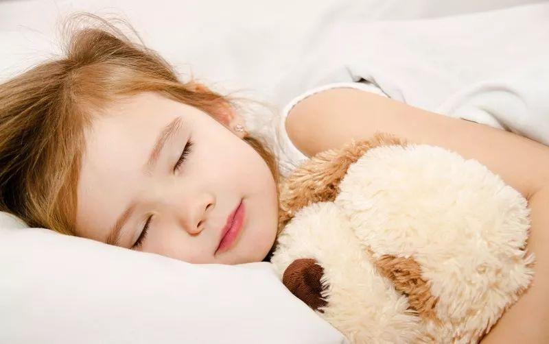 <b>早上这个时间可千万不要叫孩子起床!或直接影响孩子身高!</b>