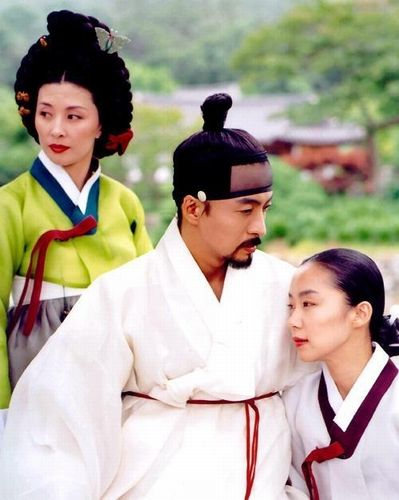 韩国三级记得我初看时觉得这部电影像极了韩国版的失乐园细品其仍不失为一部韩国情色电影的代表作.(图12)