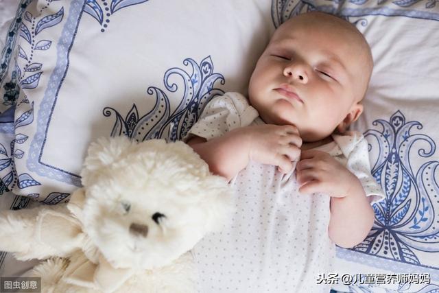 婴儿的睡眠几个月才会有规律?