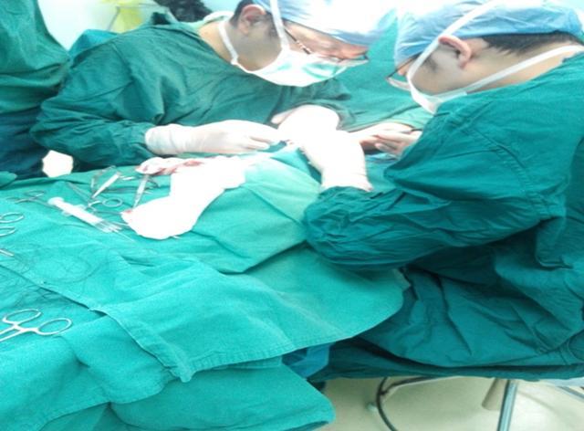 鮐背老人造瘘术 ——高新区人民医院肾内科为高龄老人成功进行动静脉内瘘手术