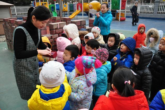 幼儿园布置作业:用果蔬做动物,看到第4个作品,老师无法淡定
