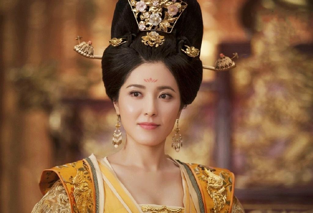 太后为什么自称 哀家 皇后为何自称 本宫 或 臣妾图片