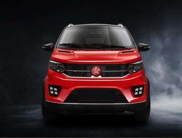 原自有品牌小型电动SUV,轴距2米,续航300公里。它有四轮驱动