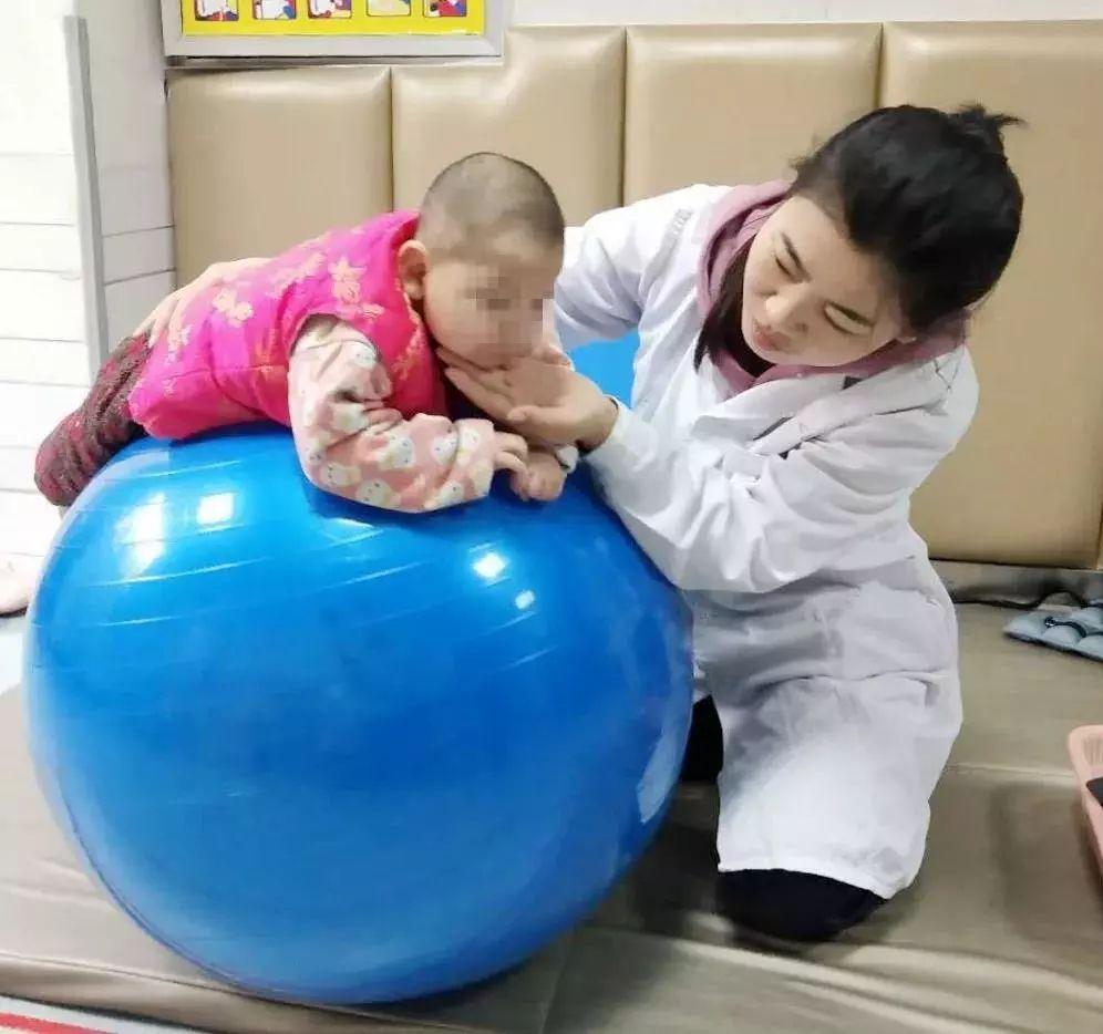【早期干预】高危儿早期干预 父母应该如何做