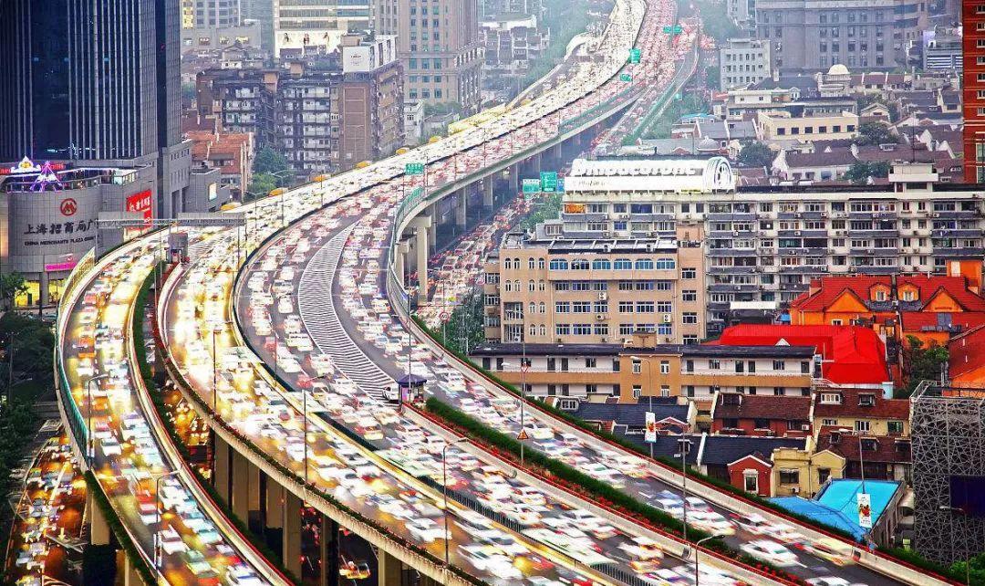 一锤定音:汽车行业要准备过苦日子