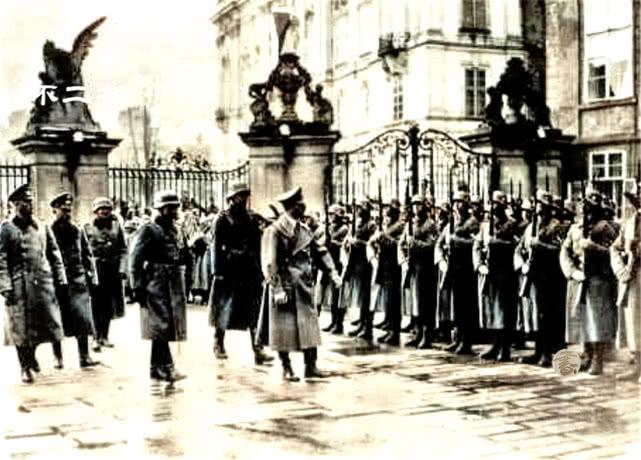 <b>上色老照片:纳粹德国吞并捷克斯洛伐克现场 镜头下皆是疯狂</b>