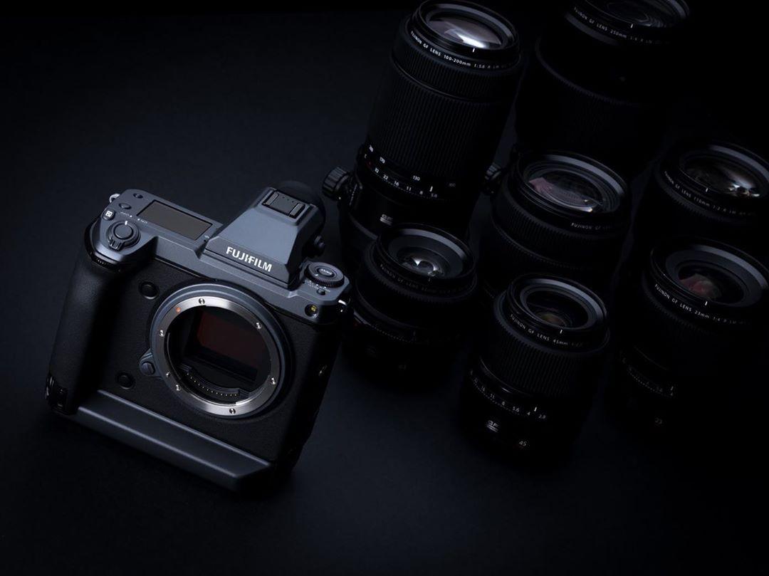 富士发布 GFX-100,最便宜的 1 亿像素相机终于来了