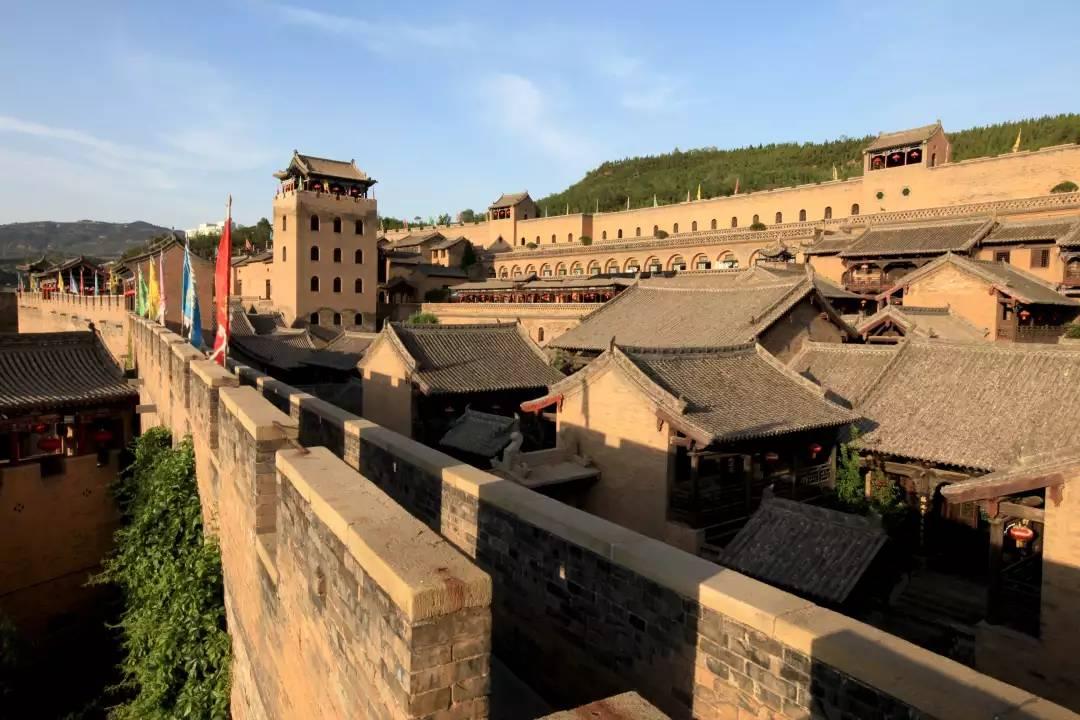 """中国唯一一座被称为""""皇城""""的民间大宅,大山深处的风水宝地"""