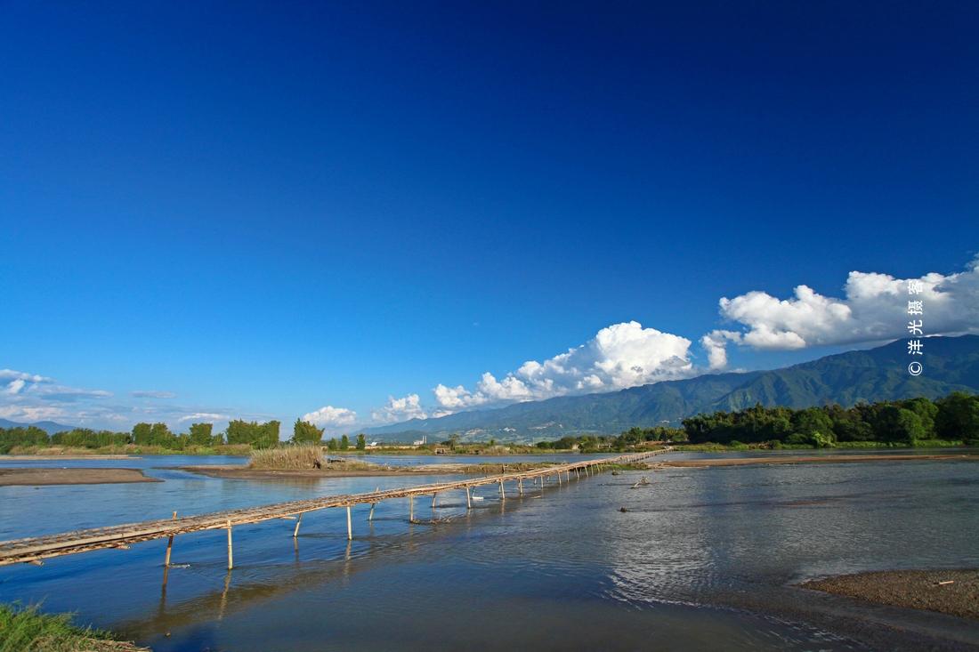 原创云南最美的边境小城,国境线超过200公里,大盈江带来亚热带美景